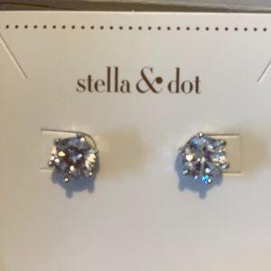 Stella&dot Sparkle Studs.